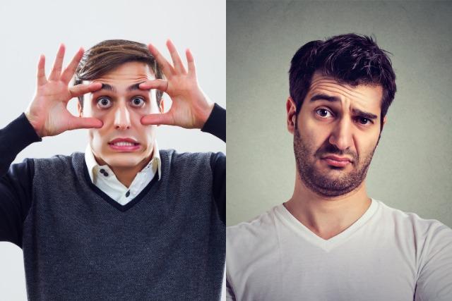 おでこのシワの原因にもなる2つの表情を見せる男性