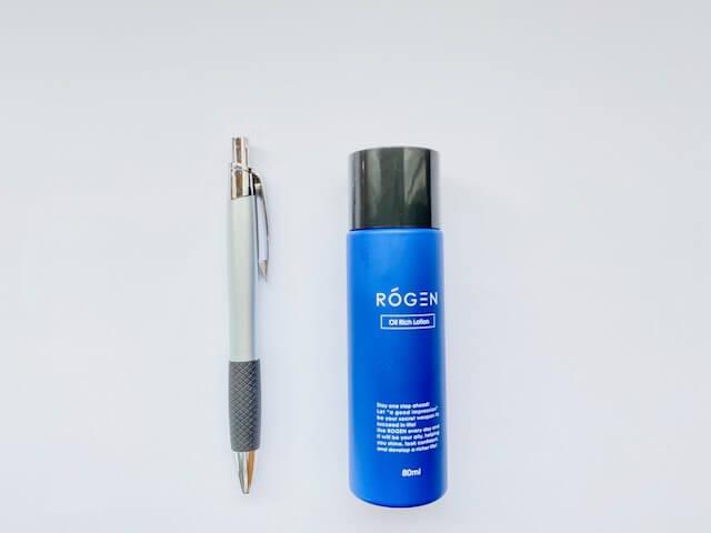 ROGENのボトルとボールペンの比較画像